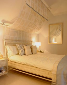 10 Tips To Create Your Desired World By Decorating Bedroom Delightful!