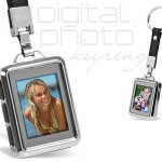 Digital Photoframe Keyring Displays 100 Photos
