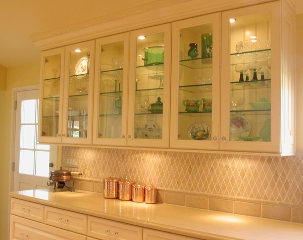 Choose The Right Glass Display Cabinet