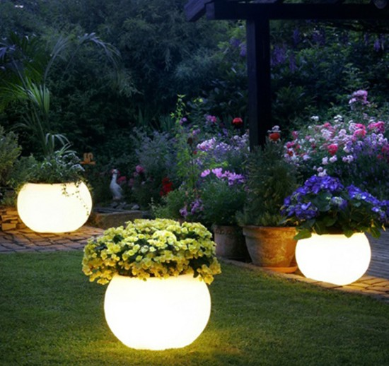 Advantages Of Solar Outdoor Lighting
