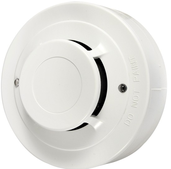 tips on choosing the right smoke detector