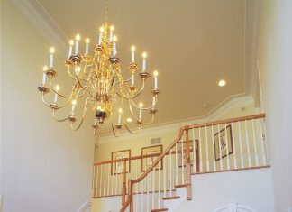 ideas to enhance the splendour of your foyer